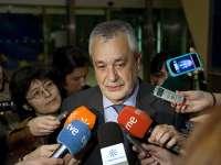 Griñán dice que la Junta ha ido más allá de los requerimientos del juzgado sobre los ERE
