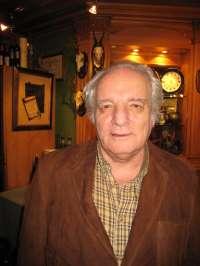 El escritor y periodista Javier Reverte leerá el XXIX cuaderno literario 'Escritores en Cudillero'