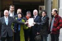 Los promotores de Sortu registran en el Ministerio de Interior la nueva formación de la izquierda abertzale