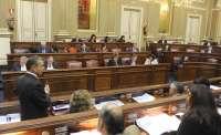 El PSC-PSOE muestra su hartazgo ante el 'machismo' de los diputados del PP en el Parlamento de Canarias