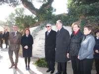 Homenaje al pensador Joaquín Costa en el cementerio de Torrero