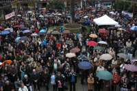 Más de 2.000 personas se concentran en Ribeira contra la reducción de cuotas que afectará a