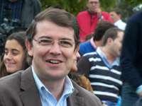 Fernández Mañueco critica que López haga