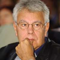 Felipe González ofrecerá en el Niemeyer la conferencia 'Gobernanza mundial en tiempos de crisis'