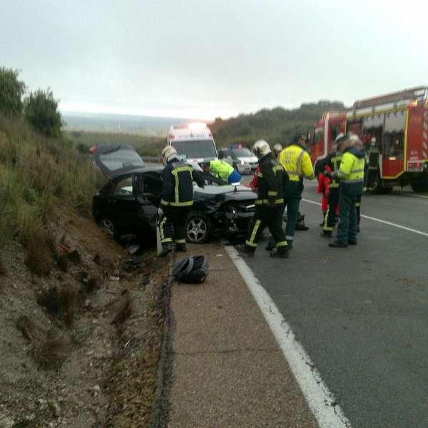 El 061 asistió a 87 personas en 63 accidentes de tráfico el fin de semana en Galicia, de las que dos fallecieron