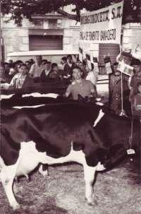 La cooperativa Kaiku presenta un libro que rememora sus más de 50 años de historia