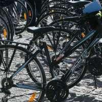 Los ciudadanos recuperan las primeras bicis del depósito desde que el Ayuntamiento de Murcia habilitó una base de datos