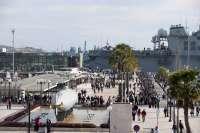 La apertura al público de los 14 buques de la OTAN provocan que el centro de Cartagena esté abarrotado