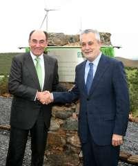 Griñán inaugura el complejo eólico de El Andévalo, el más grande de la Europa Continental