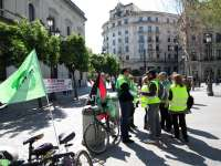Gruistas inician huelga este domingo con unos servicios mínimos que