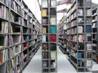 El Museo Pecharromán de Pasarón de la Vera (Cáceres) libera 150 ejemplares de su biblioteca con motivo del Día del Libro