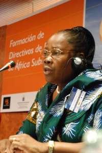 Las mujeres africanas que trabajan en el sector portuario buscan alcanzar los puestos directivos