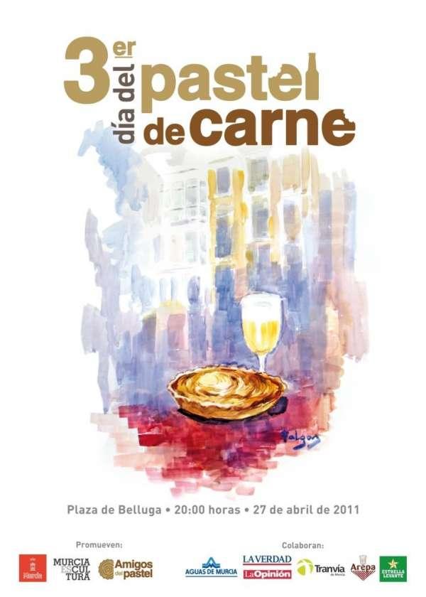 La III edición del Día del Pastel de Carne congrega este miércoles en la capital a miles de murcianos y turistas