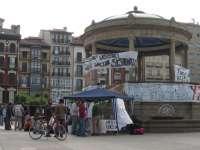 Los acampados en Pamplona reúnen 2.800 firmas de apoyo y pasan la noche sin intervención policial
