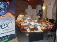 MRW traslada a Lorca 250 kilos de alimentos donados por los trabajadores de GPEX