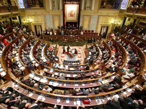 Las autonómicas obligarán a renovar media docena de escaños en el Congreso, entre ellos el de Óscar López