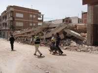 Los equipos técnicos del Ayuntamiento gestionan el aseguramiento de edificios con 3.000 puntales diarios