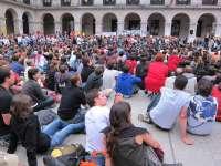 Centenares de personas se concentran en Santander para