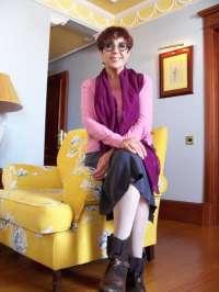 Maruja Torres firma ejemplares de la novela 'Fácil de matar' este viernes en la Feria del Libro