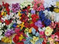 El concurso de decoración floral de la calle Cuchillería de Vitoria duplica su participación con 125 inscripciones