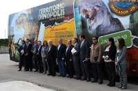 Un autobús tematizado promocionará los atractivos de Dinópolis en todo el país