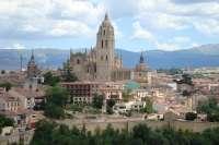 Los bares de Segovia ofrecerán el sábado tapas europeas durante 'La noche de la luna llena'