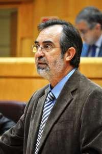 Sampol afea a PP y PSOE que voten en contra de su enmienda para derogar la