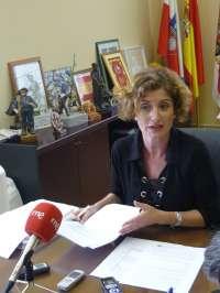 La alcaldesa garantiza que deja el Ayuntamiento con una situación financiera