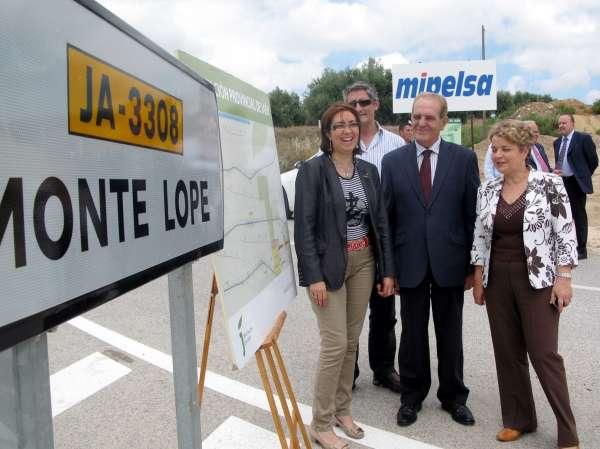 La Diputación destina más de 1,1 millones a la mejora de la carretera que une Martos con Monte Lope Álvarez