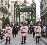 Logroño se vuelca un año más con el 'desfile triunfal' de las tropas de la ciudad durante las fiestas de San Bernabé