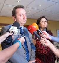 Recio dice que faltan unos 300 prejubilados en recibir sus pólizas por la situación