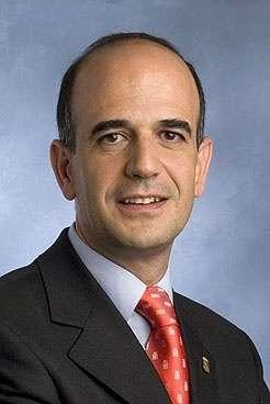 Alberto Catalán cesa como consejero y portavoz del Gobierno para ocupar el cargo de presidente del Parlamento de Navarra