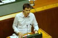 UPyD pide al Gobierno central que exija a los ayuntamientos gobernados por Bildu colocar la bandera española