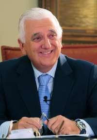 La CEOE nombra al presidente de la CEA, Santiago Herrero, nuevo vicepresidente