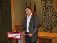 El alcalde de Cuenca anuncia una rebaja salarial del 5% para los ediles liberados y nombra a seis tenientes de alcalde