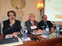 De Guindos afirma que la reforma de la negociación colectiva no es la que necesita España