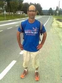 Un hombre recorre 500 kilómetros por la provincia de Lugo en solidaridad con Lorca