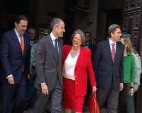 Camps contacta con Rajoy, Trillo y Barberá tras conocer que irá a juicio