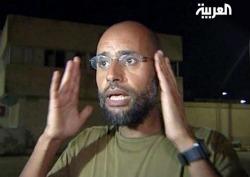 <p>Fotograma obtenido de una imagen del canal Al Arabiya, que muestra a Saef el IslamGadafi, uno de los hijos del dictador libio, Muamar el Gadafi.</p>