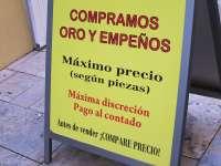 UCE Murcia advierte que los comercios de compra-venta de oro adquieren la mercancía en condiciones