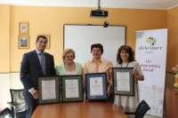 Alzheimer León recibe los certificados de sistemas de gestión de la calidad y de sistemas de gestión ambiental