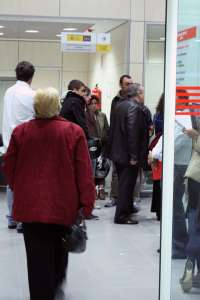El desempleo sube en 2.477 personas en agosto en Extremadura, un 2,11 por ciento más respecto a julio