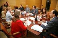 El Gobierno destina más de 900.000 euros al servicio de transporte escolar de 23 centros educativos