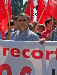 UGT Euskadi dice que aumenta porque el empresario manda al desempleo a los trabajadores en vez de dar vacaciones