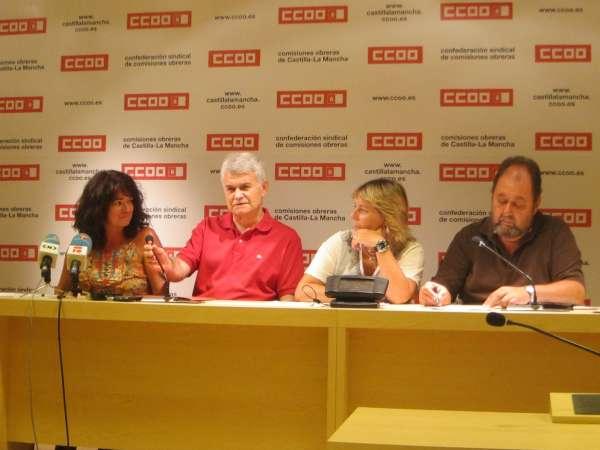 CCOO pide a Labrador que convoque urgentemente a los agentes sociales para discutir