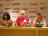 CCOO tacha la medida de Cospedal de eliminar liberados sindicales como un