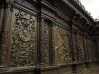 La sacristía de la Catedral de Murcia reabre sus puertas tras la restauración de su cajonería, del siglo XVI