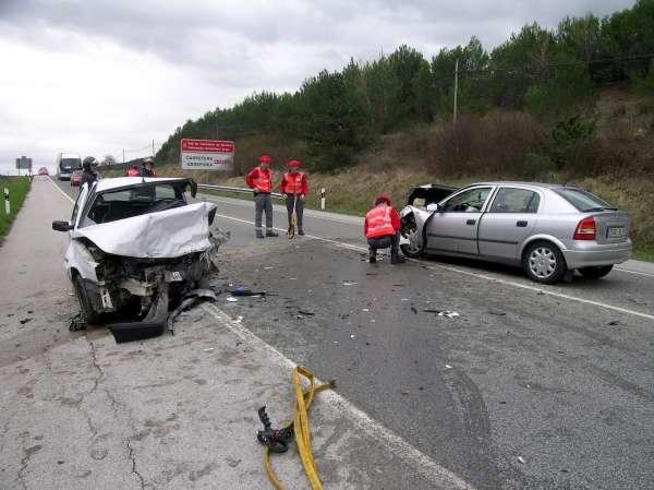 Las víctimas mortales en carretera se han reducido en Navarra a la mitad en lo que va de año