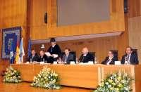 Feijóo destaca el modelo de cooperación de las universidades gallegas y su apuesta por la I+D pese a la crisis