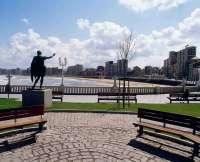 Hoteleros asturianos advierten de la disminución de turistas extranjeros por falta de infraestructuras adecuadas